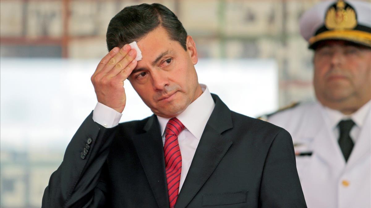 Мексикийн экс ерөнхийлөгч хар тамхины наймааны толгойлогч Гузманаас хахууль авчээ