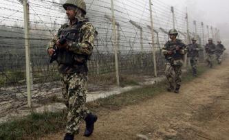 Хятадын цэргийнхэн Энэтхэгийн хилийг зөрчжээ