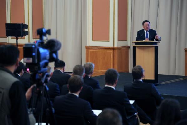 Герман Монголын бизнес форумд оролцлоо