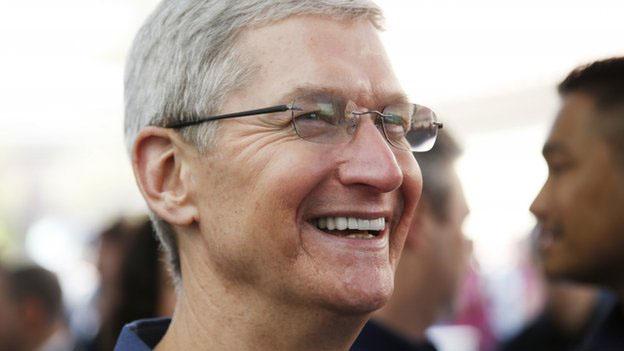 Apple-ийн гүйцэтгэх захирал: Би ижил хүйстнээ сонирхогч