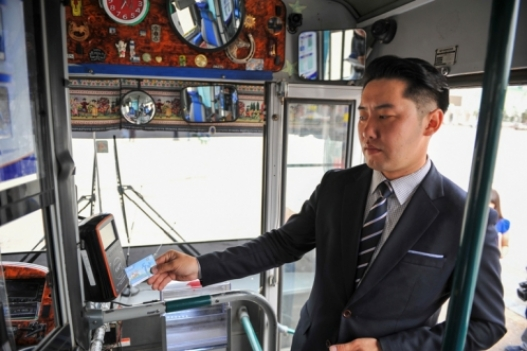 Ирэх сарын 1-ээс нийтийн тээврээр зорчихдоо зөвхөн картаар үйлчлүүлнэ